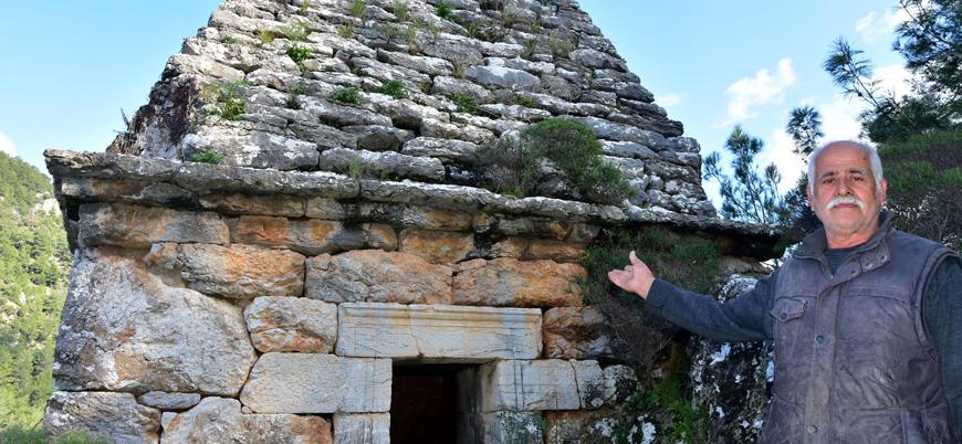 Türbe sanılıp adak adanıyordu: Savaşçı ve eşine ait antik Yunan mezarı çıktı