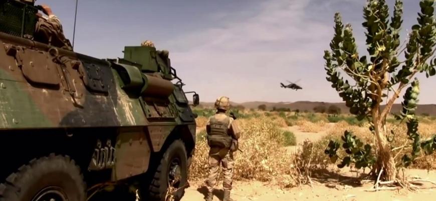 Fransa 'cihat yanlılarına karşı' Afrika'ya 600 asker gönderiyor