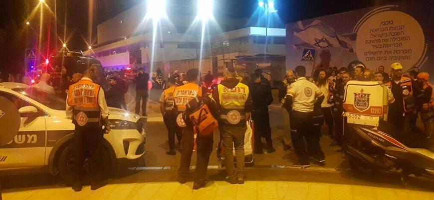 Kudüs'te İsrail askerlerine araçlı saldırı: 12 yaralı