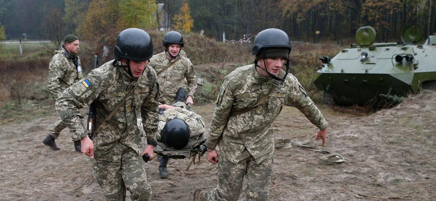 Ukrayna'nın doğusunda askerlere bombalı saldırı: 3 ölü