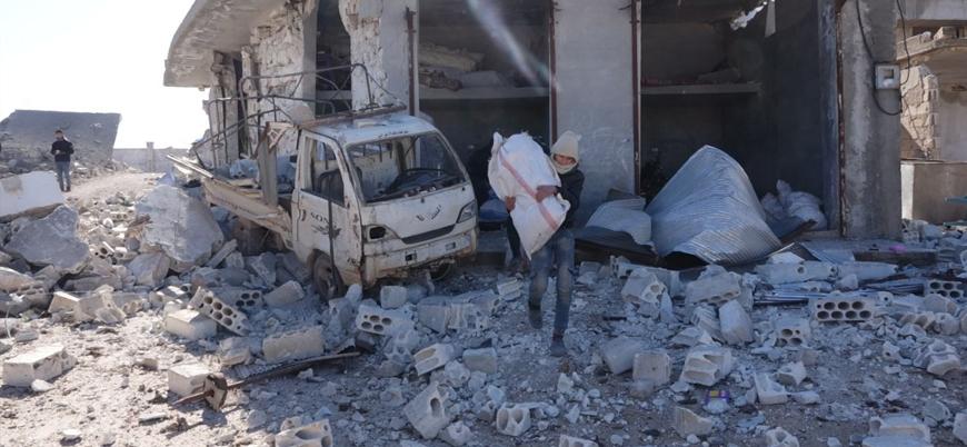 Suriyeli siviller Rusya'nın saldırı başlattığı Batı Halep'ten Türkiye sınırına kaçıyor