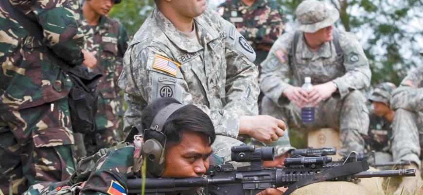 Filipinler ABD askerlerinin ülkede eğitim yapmasına izin veren anlaşmayı feshediyor