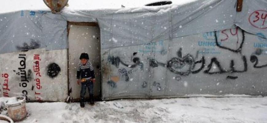 Lübnan'ın Arsal bölgesinde Suriyeli mülteciler kış şartları nedeniyle zor günler geçiriyor