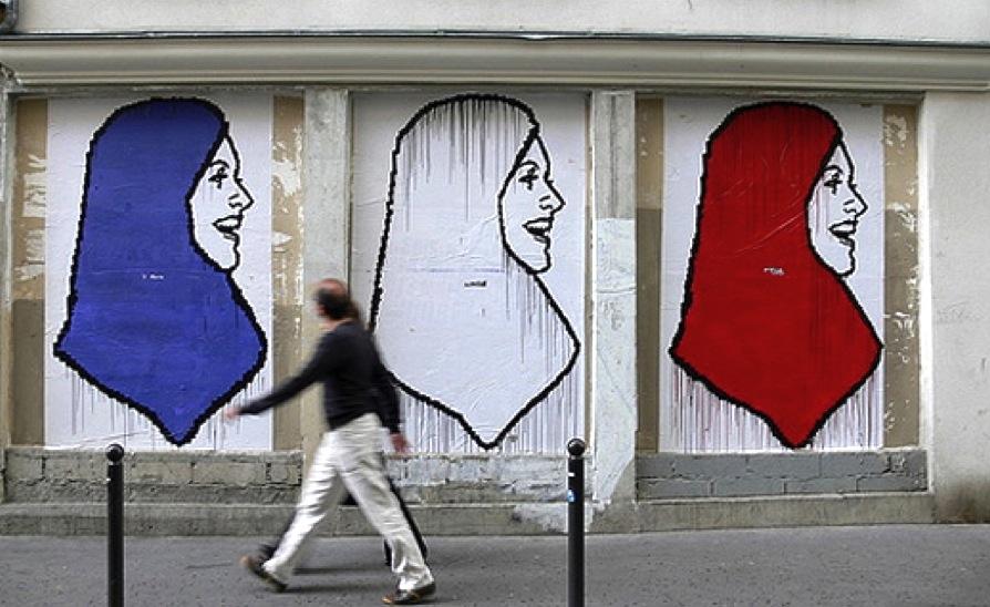 Seçim vaadi: Başörtüsü sokakta bile yasak olacak