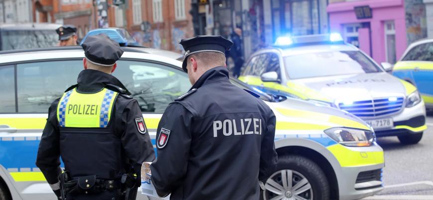 Almanya'da 'aşırı sağcı terör' şüphesiyle 12 kişiye gözaltı