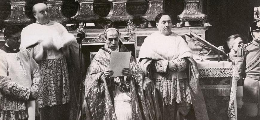Vatikan 2. Dünya Savaşı'nda Yahudilere karşı soykırımda ne rol oynadı?