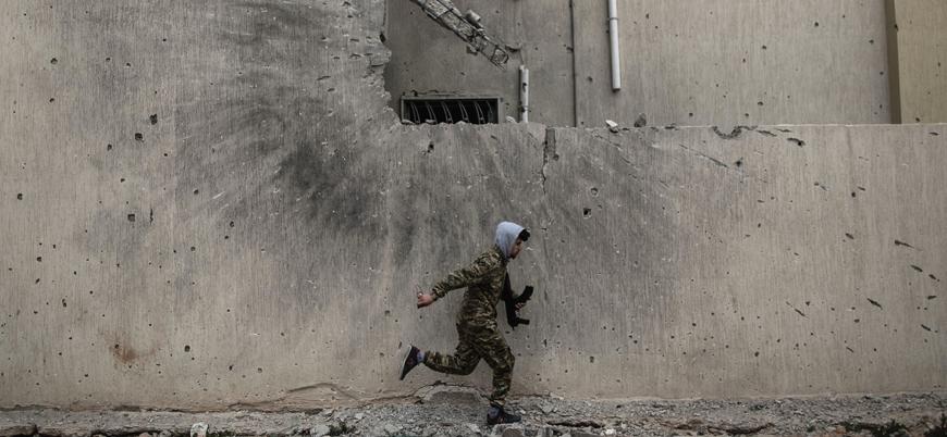 Libya'da taraflar siyasi görüşmelere katılımı askıya aldı