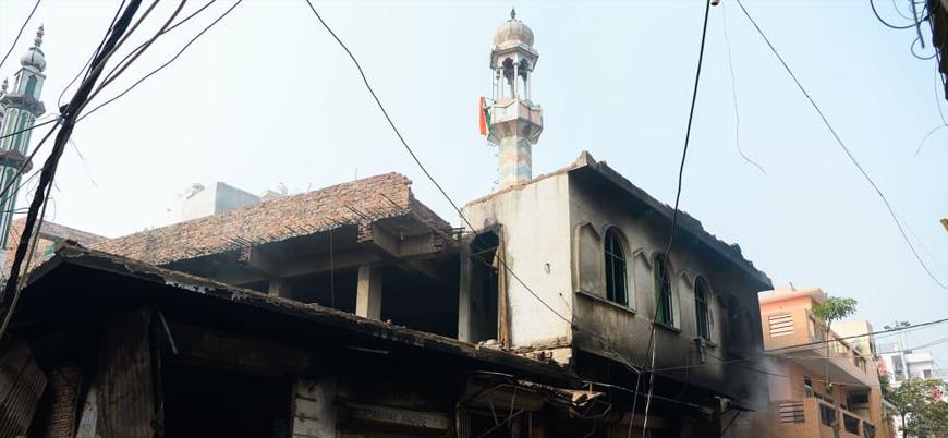 Hindistan'da radikal Hindu çeteler camiye saldırdı