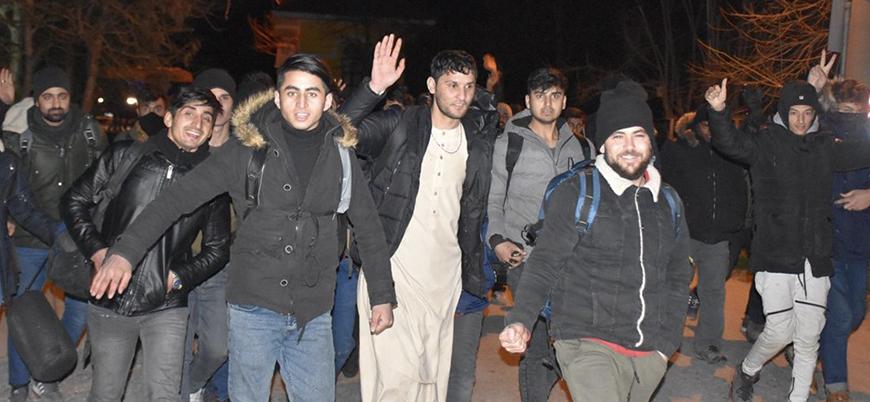 Türkiye'nin serbest bıraktığı göçmenler Avrupa yolunda