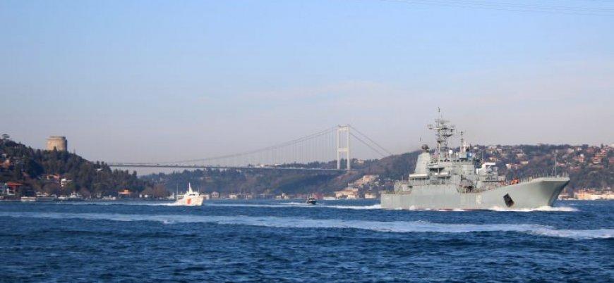 İstanbul Boğazı'nı geçen Rus savaş gemisinde 'keskin nişancı' detayı