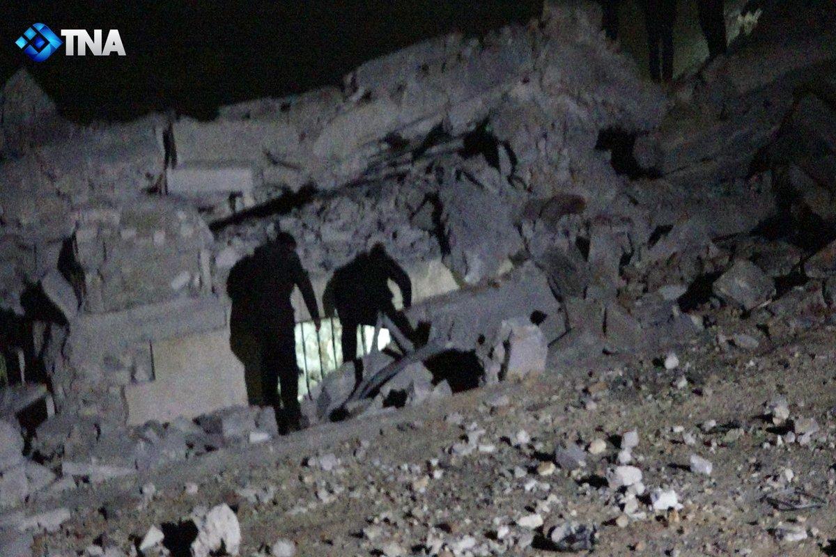 Halep'te camiye hava saldırısı: Yüzden fazla sivil yaşamını yitirdi