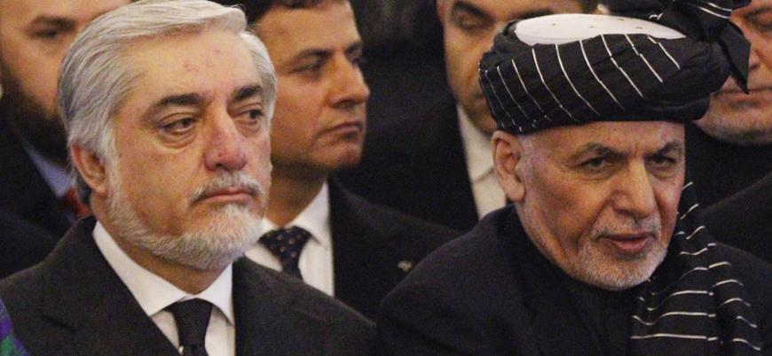 Afganistan'da seçimi kazandığını savunan 2 adaydan 2 ayrı yemin töreni