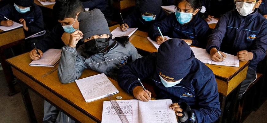 Türkiye'de okullar koronavirüs nedeniyle tatil edildi