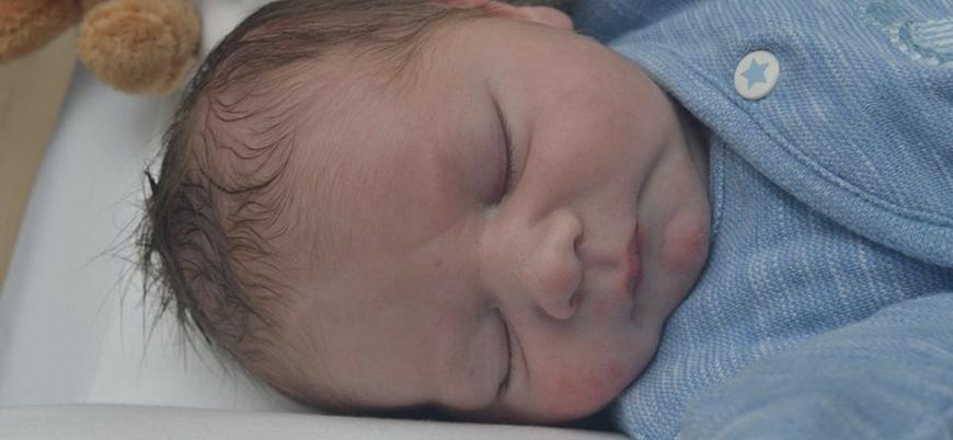 İngiltere'de yeni doğan bebekte koronavirüs tespit edildi