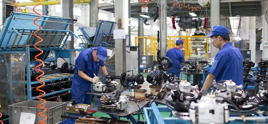 Çin ekonomisine 'koronavirüs' darbesi: Sanayi üretimi yüzde 13,5 düştü