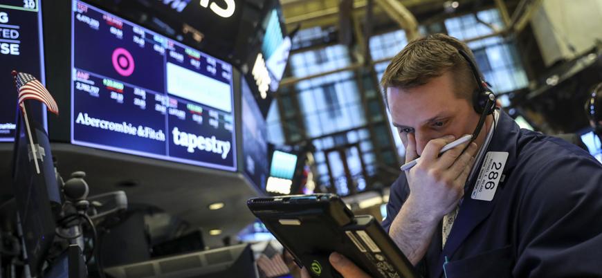 ABD'de koronavirüs krizi: Borsalar çöktü