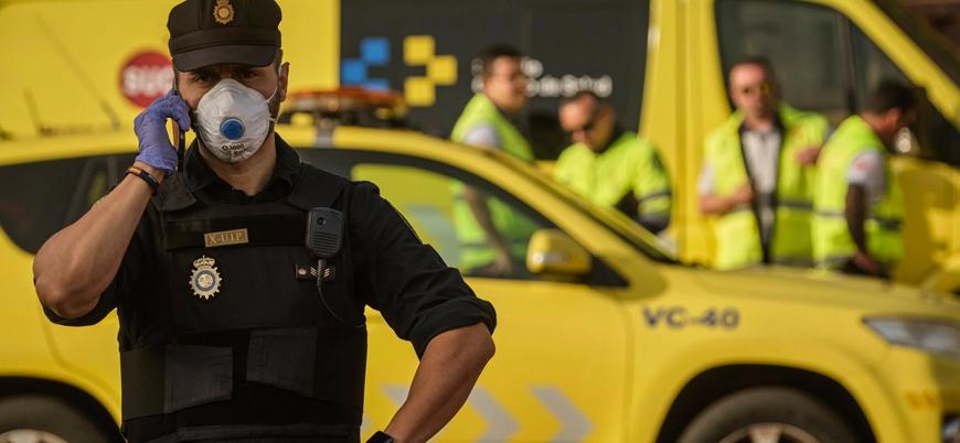 Fransa'da polise bıçaklı saldırı: 1 ölü