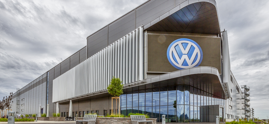 Volkswagen koronavirüs salgını sebebiyle üretimi askıya alıyor