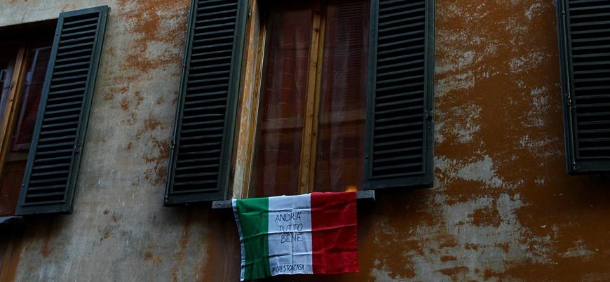 İtalya'da karantinayı uygulamak için dronelar görevde