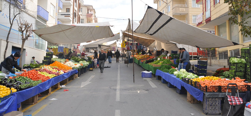 İçişleri Bakanlığı: Sebze-meyve satan pazaryerleri açık olacak