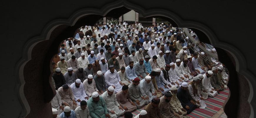 Pakistan'da koronavirüs nedeniyle cemaatle namaz yasaklandı