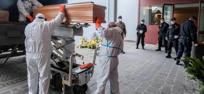 İtalya'da koronavirüs nedeniyle ölenlerin sayısı 10 bine yaklaştı