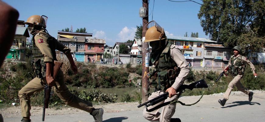 Keşmir'de çatışmalar sürüyor: 3'ü Hint askeri 9 ölü