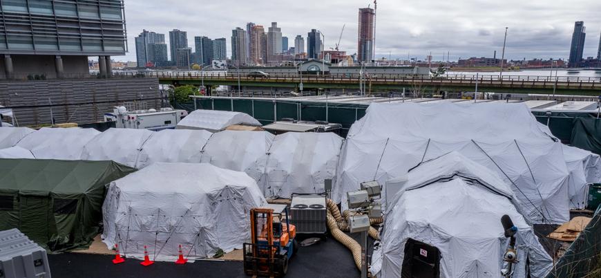 Koronavirüs: New York'ta ölüler parklara kazılan toplu mezarlara gömülebilir