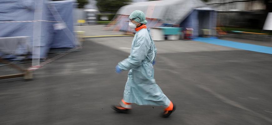 Koronavirüs İtalya'da 100 doktorun hayatına mal oldu