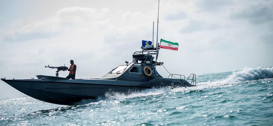 Basra Körfezi'nde İran botlarından ABD savaş gemilerine taciz