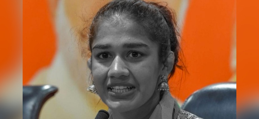 Hint kadın güreşçi: Müslümanlar koronadan daha büyük bir sorun