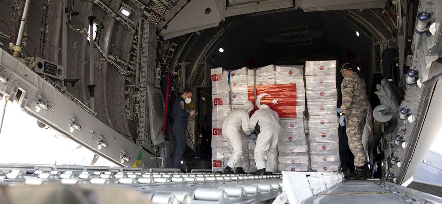 Türkiye'nin gönderdiği tıbbi ekipmanlar İngiltere'ye ulaştı