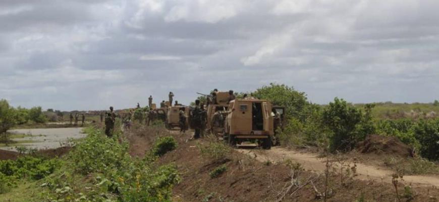 Eş Şebab'dan Afrika Birliği güçlerine çifte bombalı araç saldırısı