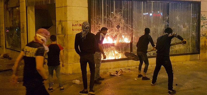 Lübnan'da 'açlık devrimi' gösterileri şiddetleniyor