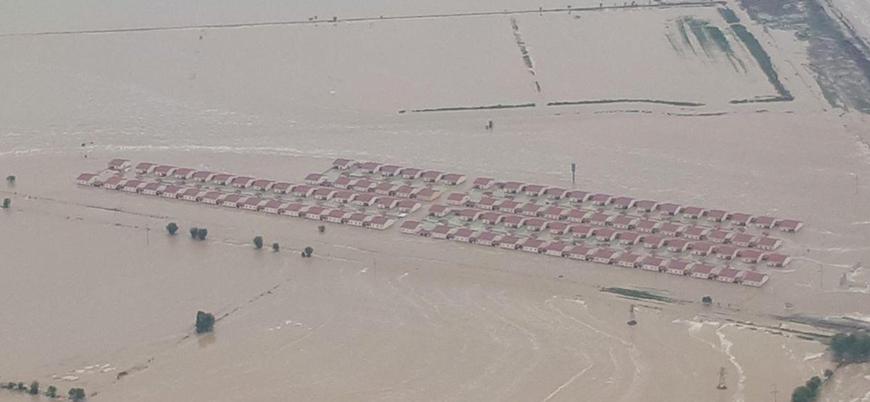 Özbekistan'da baraj çöktü: Yüzlerce ev su altında kaldı