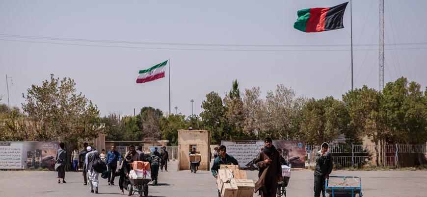 """""""İran güçleri onlarca Afgan göçmeni sınırda nehre atarak öldürdü"""""""
