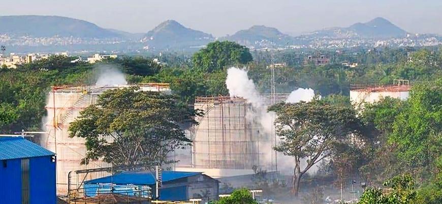 Hindistan'da kimyasal gaz sızıntısı: 8 kişi öldü 1000 kişi hastaneye kaldırıldı