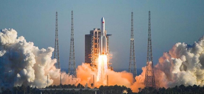 Çin 'uzay görevini' başarıyla tamamladı