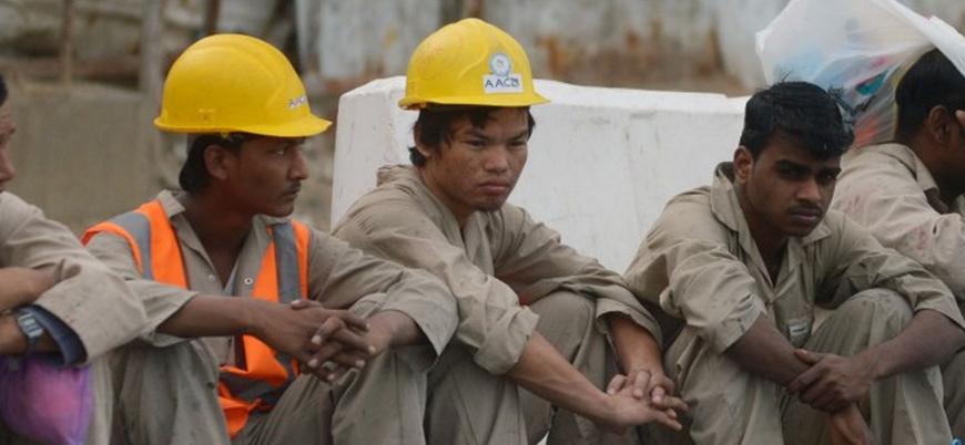 """Koronavirüs: """"Katar'ın göçmen işçileri yiyecek dileniyor"""""""