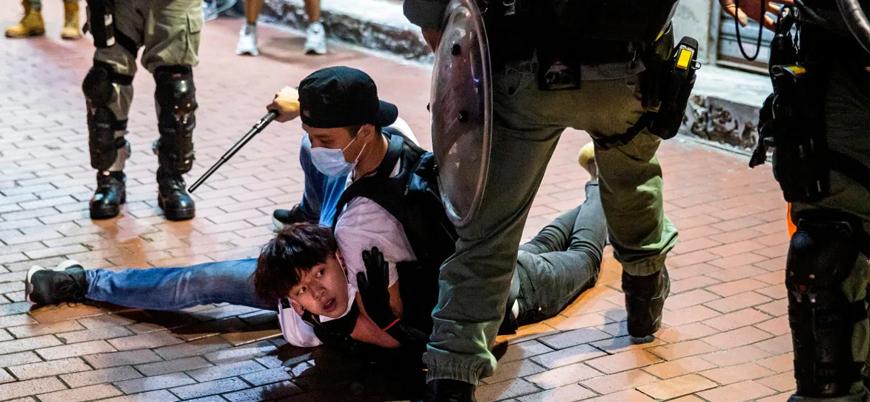 Hong Kong'da polis 200'den fazla göstericiyi gözaltına aldı