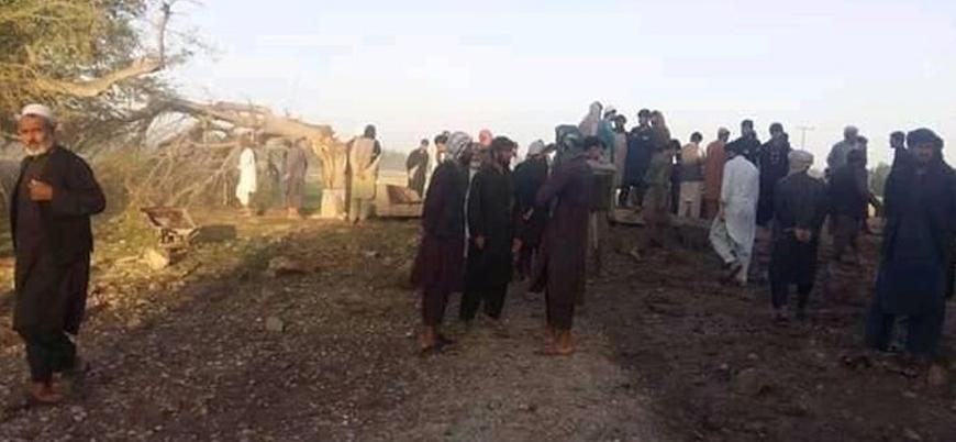 Afganistan'da ABD savaş uçakları teravihten dönen sivilleri vurdu