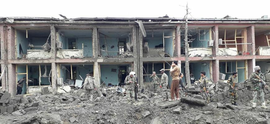 Afganistan'da Taliban'dan askeri üsse bombalı araç saldırısı
