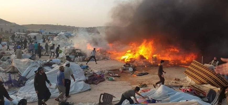 İdlib'de çadır kentte yangın