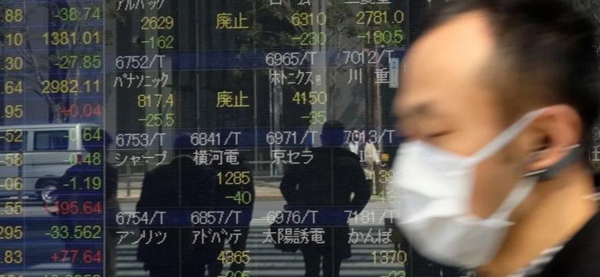 Dünyanın en büyük üçüncü ekonomisi Japonya resesyona girdi