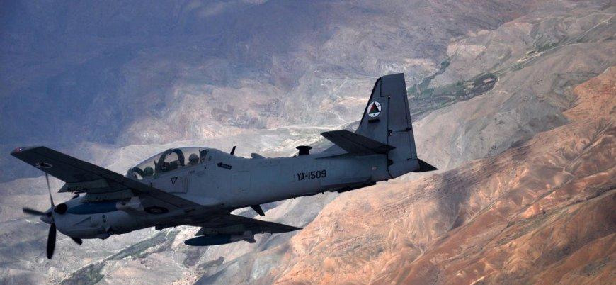 Afganistan'da ABD destekli hükümet güçleri hastane bombaladı