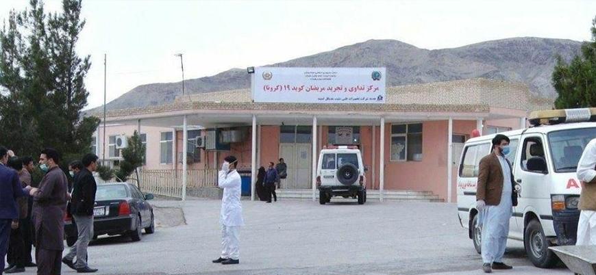 Afganistan'da Kabil yönetimi doktorların maaşlarını ödeyemiyor