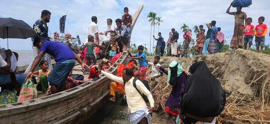 Hindistan ve Bangladeş'te şiddetli fırtına: 3 milyon kişi tahliye edildi