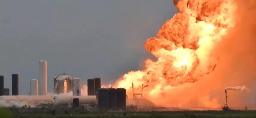 SpaceX'in uzay mekiği test sırasında infilak etti