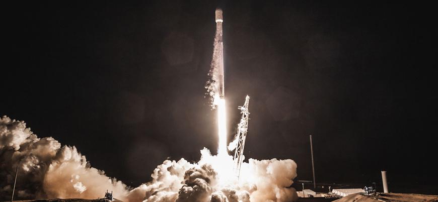 SpaceX 'ucuz internet' projesi için 60 uydu daha gönderiyor