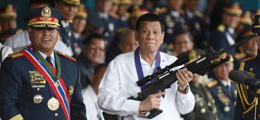 """""""Filipinler'de 4 yılda on binlerce kişi öldürüldü"""""""
